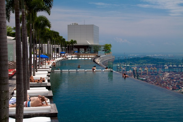 Top 10 Bucket List Wet Edge Infinity Pools In The World